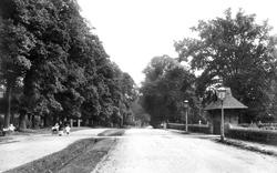 Wokingham, Reading Road 1906