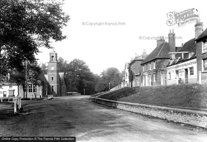 Photo of Wokingham, Reading Road 1906