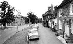 Reading Road c.1965, Wokingham