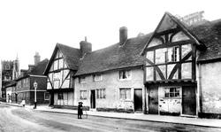 Rose Street 1906, Wokingham