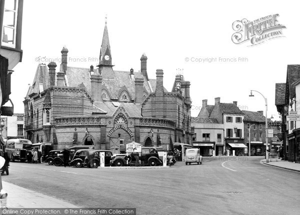 Photo of Wokingham, Town Hall From Market Place c.1955