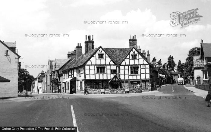 Photo of Wokingham, Tudor House c.1950