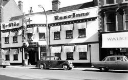 Wokingham, Ye Olde Rose Inne c.1965