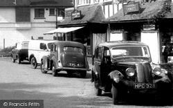 Hillman Minx c.1955, Woldingham