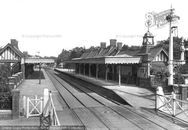 Photo of Wolferton, On The Station 1921