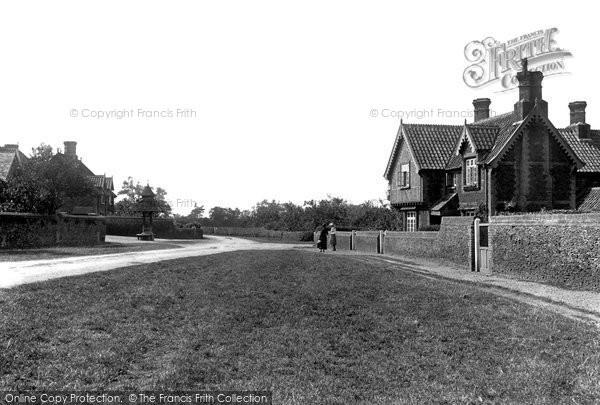 Photo of Wolferton, The Village 1921