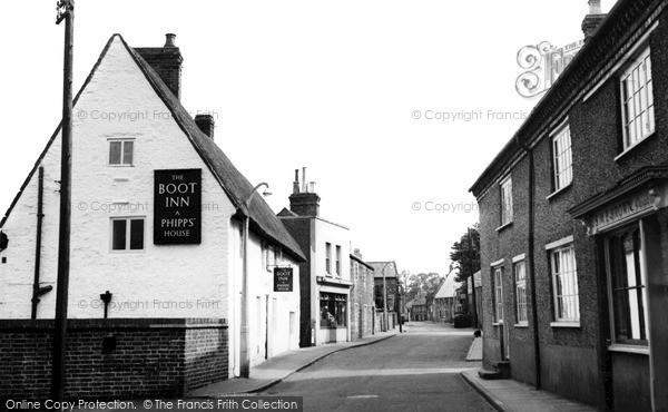 Photo of Wollaston, High Street c.1955