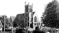 St James' Church c.1960, Wollaston