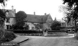 Wollaston, The Village c.1955