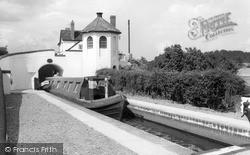 Wombourne, Bratch Locks 1969