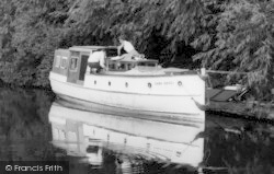 Wombourne, The 'sans Souci' On The Canal c.1965