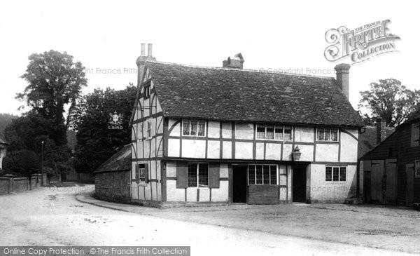 Wonersh, The Grantley Arms 1894 (Ref: 34003). Reproduced courtesy of The Francis Frith Collection
