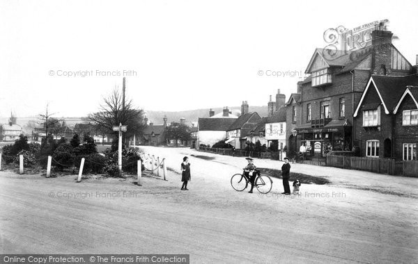 Photo of Wooburn Green, The Green 1910