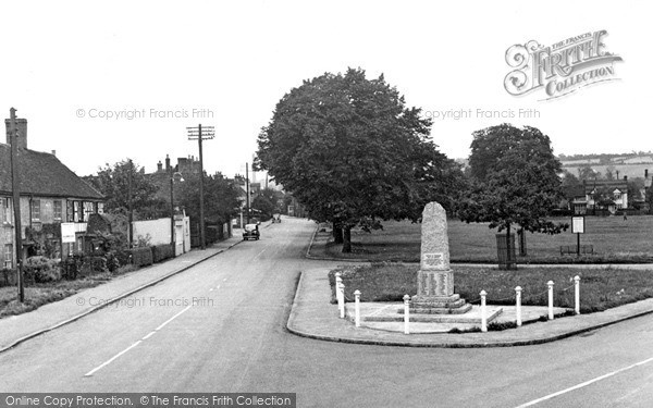 Photo of Wooburn Green, The Green And War Memorial c.1950