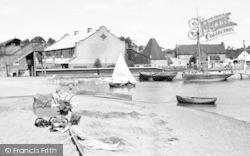 Woodbridge, Beach Scene c.1950