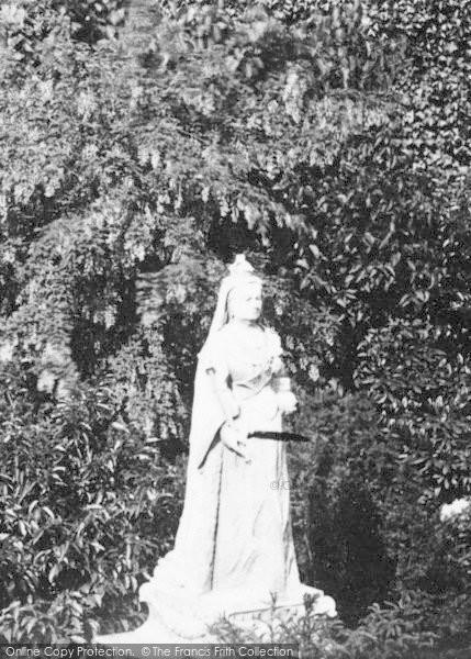 Photo of Woodbridge, Jubilee Monument 1894