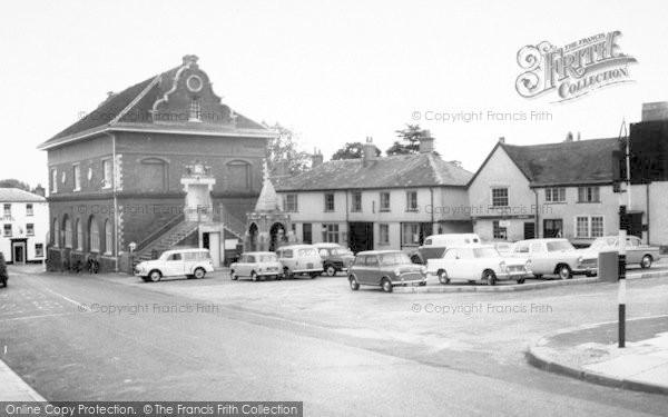 Photo of Woodbridge, Market Hill c.1960