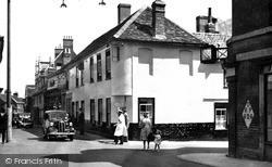 The Crown Hotel c.1950, Woodbridge