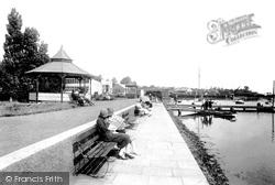 The Promenade 1925, Woodbridge