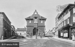 Woodbridge, Town Hall 1898