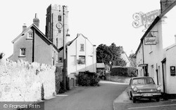 Woodbury, The White Hart And St Swithun's Church c.1960
