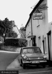 Woodbury, The White Hart c.1960