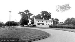 Woodcote, The White Lion, Crays Pond c.1950