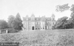 Woodcote Hall 1899, Woodcote