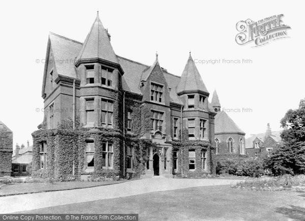 Photo of Woodford Bridge, Claybury Asylum 1908