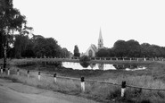 Woodford Bridge, the Pond and St Paul's Church c1965