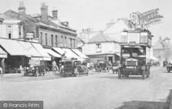 Woodford Green, High Road c.1925