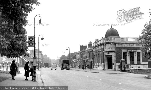 Photo of Woodford Green, High Road c.1950