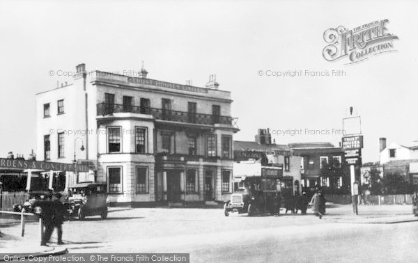 Photo of Woodford Green, The Castle c.1914