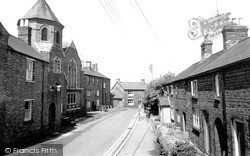 Woodford Halse, Moravian Church And Parsons Street c.1965