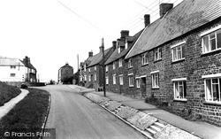 Woodford Halse, School Street c.1965