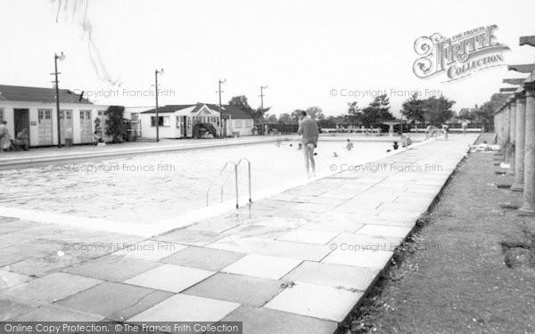 Photo of Woodhall Spa, Swimming Pool c.1965