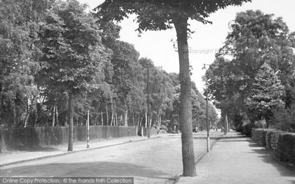 Photo of Woodhall Spa, The Broadway c.1955