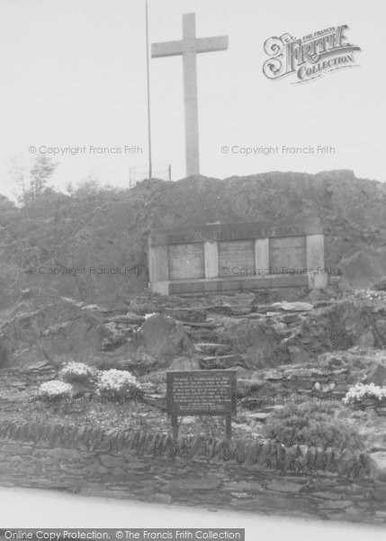 Photo of Woodhouse Eaves, The Church And Memorial c.1955