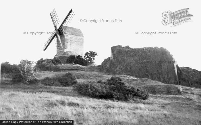 ,Woodhouse Eaves, the Windmill c1945, Leicestershire,