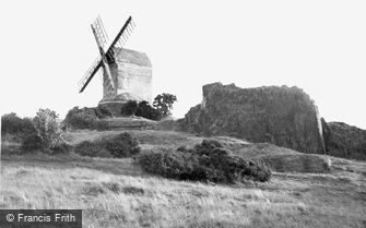 Woodhouse Eaves, the Windmill c1945