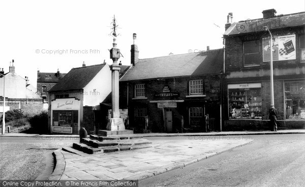 Photo of Woodhouse, The Cross And Old Cross Daggers c.1960