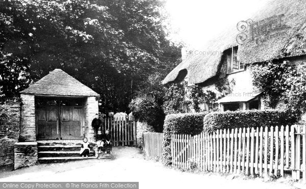 Photo of Woodleigh, Church Porch And Cottages 1890