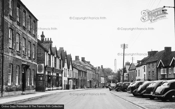 Photo of Woodstock, High Street c.1955