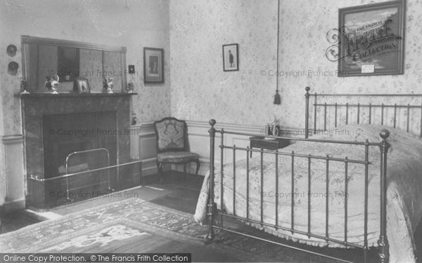 Photo of Woodstock, Sir Winston Churchill's Birthroom, Blenheim Palace c.1960