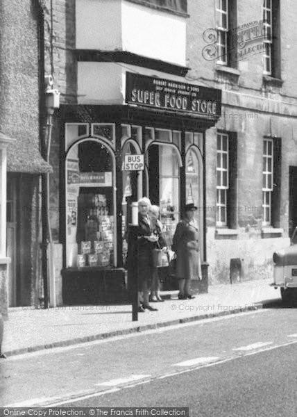 Photo of Woodstock, 'super Food Store' c.1960