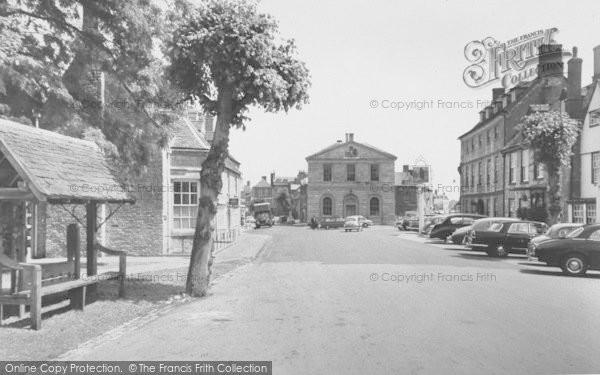 Photo of Woodstock, The Stocks, Bear Hotel And Market Place c.1960