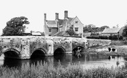 Wool, Bridge And Manor c.1955
