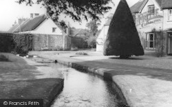 Manor House c.1960, Wool