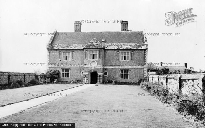 Photo of Wool, Woolbridge Manor Hotel c.1960