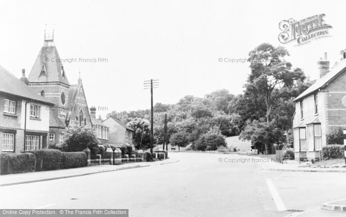 Photo of Woolhampton, Bath Road c.1960